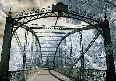 Lovers Leap Bridge