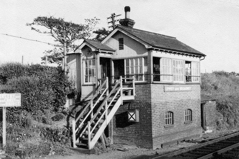 17th Aug 63:  Upwey & Broadway signal box