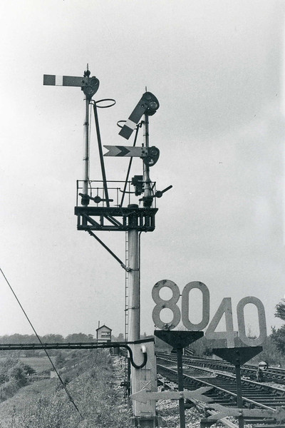 25th Dec 72:  Junction signal at Heywood Road