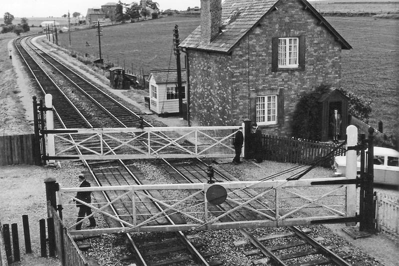 Jan 67: Crofton Crossing as it was in January 1967