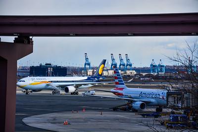 JET Airways , American & Port Cranes