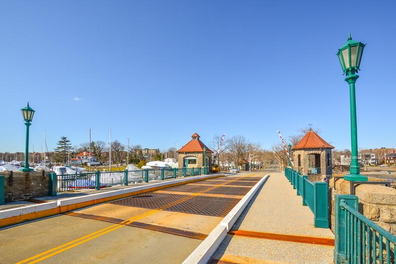 Glen Island Harbor Draw Bridge Span