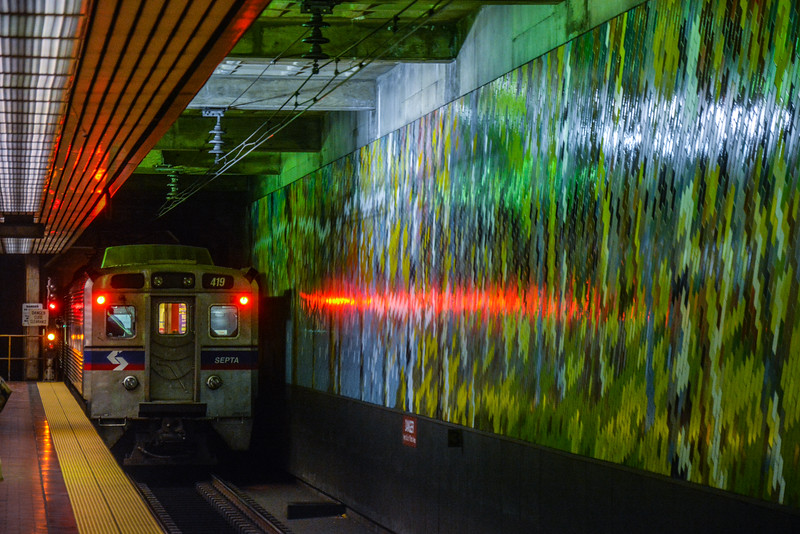 SilverLiner 4 disappearing into the Center City Tunnel