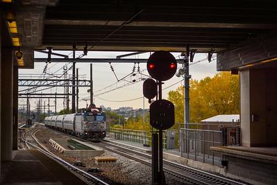 Eastbound Keystone train in Secaucus