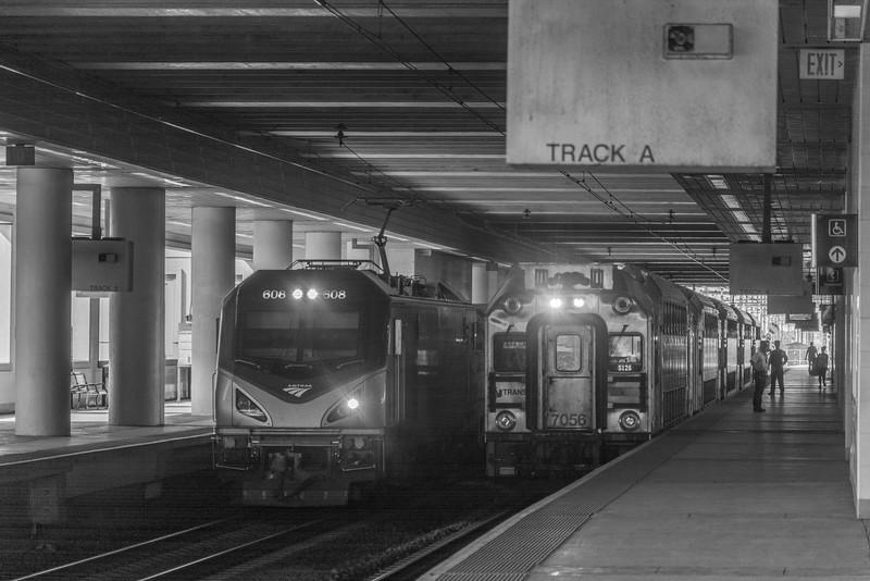 608 meets 5126 at Secaucus JCT