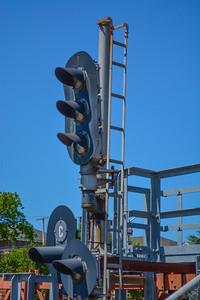 Summit Signals