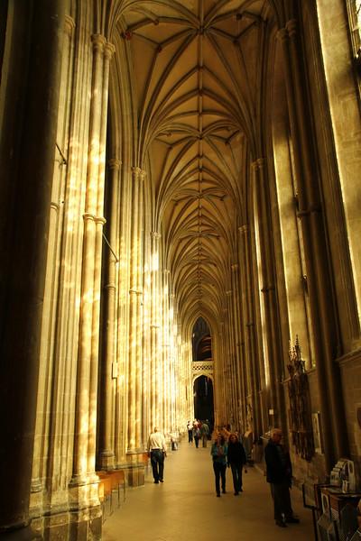 Interior da Catedral de Canterbury