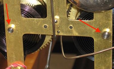Original time mainwheel busing (left) and new strike maiwheel busing (right)