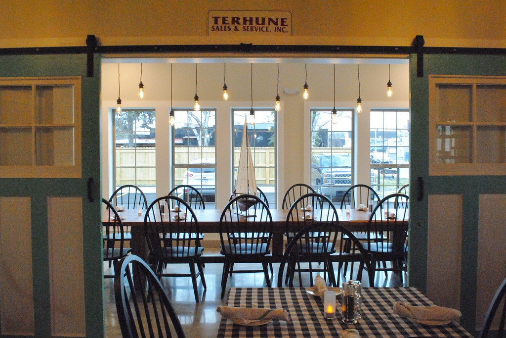 . The Terhune room at the Inn Kitchen provides seating for larger parties at lunch and dinner, and hosts the Inn\'s guest breakfast in the mornings. (Photos by Colleen Kowalewski)