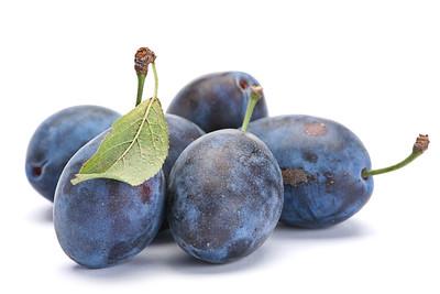Blue plum with leaf