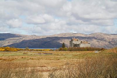 Duart Castle, Mull 15/04/2012  © Marta Franco Popovics
