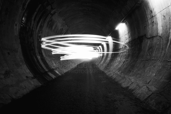 Playing Light VII (Tunnel)