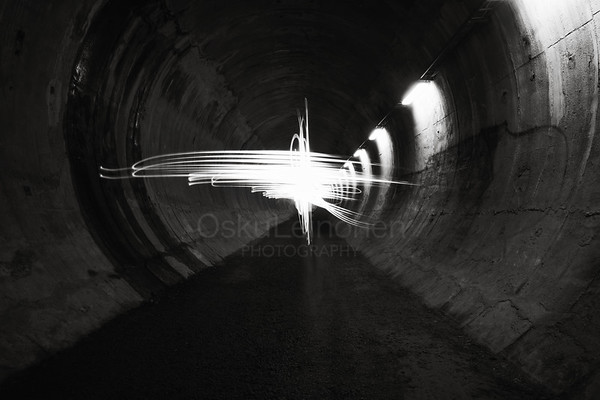 Playing Light IX (Tunnel)