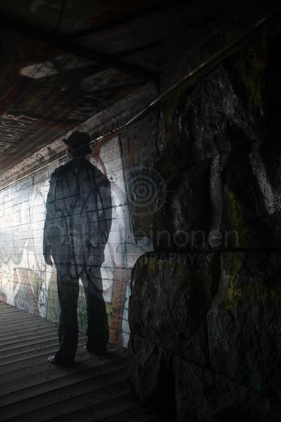 Between Two Lakes III (Tunnel)