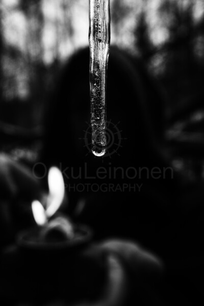 Icicle X (Ice And Fire Black And White)