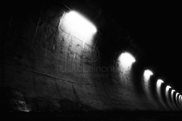 Within Tunnel III (Wall Of Lights)