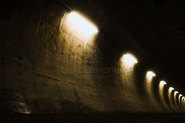 Within Tunnel IV (Traces Of Time)
