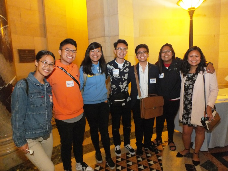 UCLA students were able to attend the FilAm Game Changers event at LA City Hall by getting their own bus. Here in the LA City Hall Rotunda they lined up for refreshments and talk to the speakers / role models.