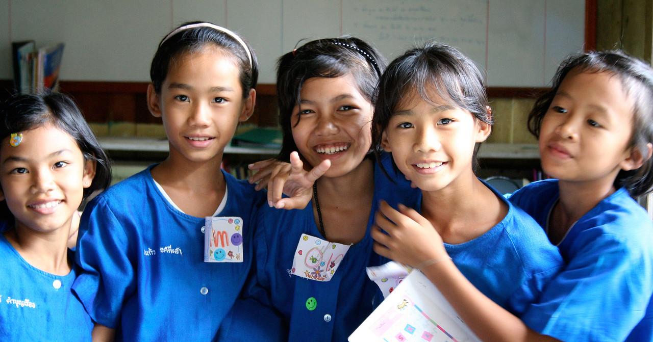 Girls at Pak Huay Chalong School