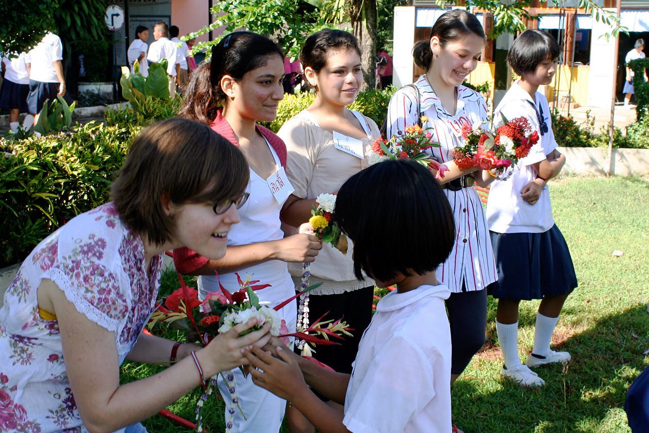 007_Pah_Leurat_1st_day_flowers_6x9_300