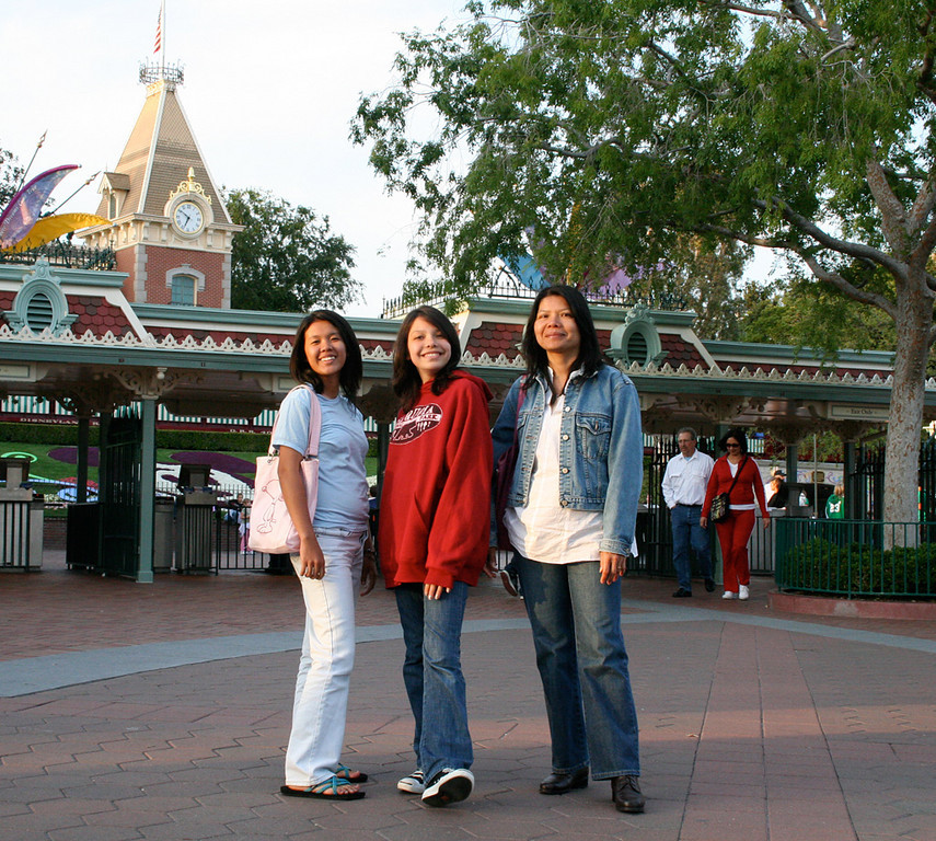 Disneyland_exit
