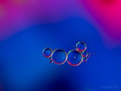 Olie_in_water_JC08294-Editc_JD_LEO0319LE
