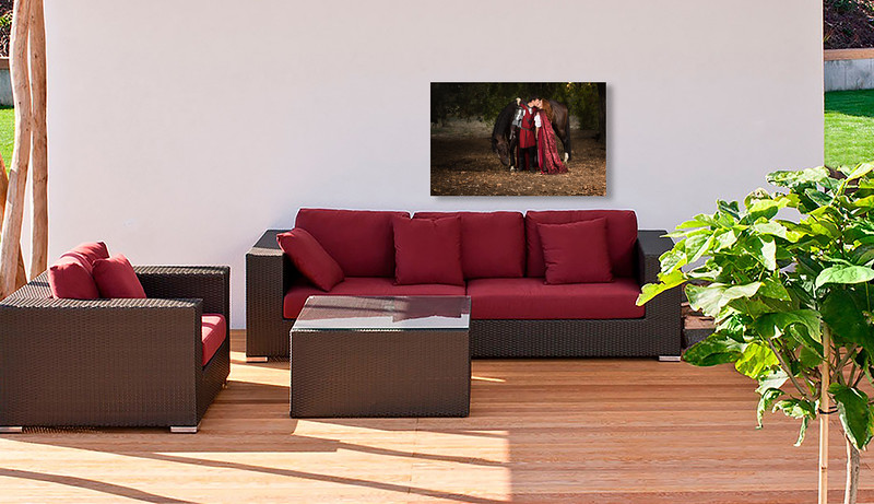 Stephanie Doug Outdoor LR - Red Sofa 300