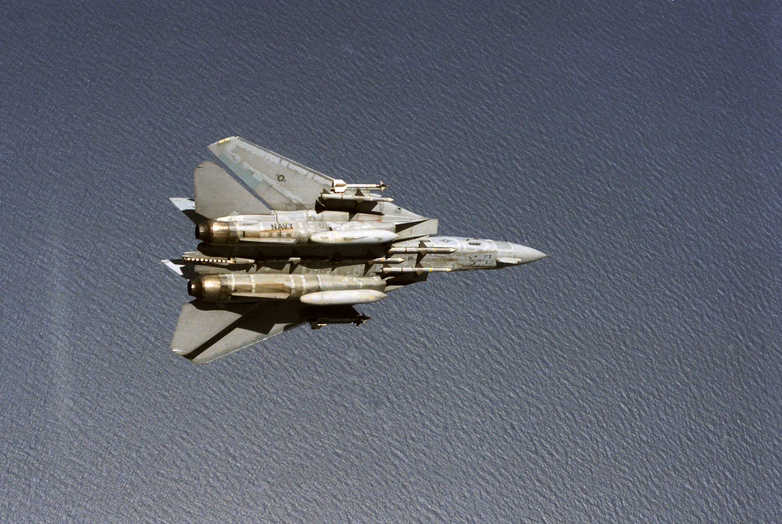 F-14A_VF-24_Sparrows_and_Sidewinders_2-X