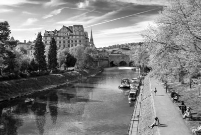 Pulteney Bridge  Pulteney Bridge crosses the River Avon in Bath, England.  Construction started in 1770 and was completed by 1774 at a cost of £11,000.