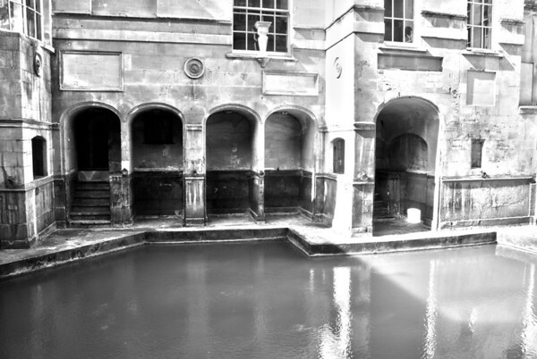 "Roman Baths  The city of Bath was first established as a spa with the Latin name, Aquae Sulis (""the waters of Sulis"") by the Romans sometime in the AD 60s about 20 years after they had arrived in Britain (AD43).  The temple was constructed in 60–70 AD and the bathing complex was gradually built up over the next 300 years.  The hot springs feeding the Bath are the only ones in the United Kingdom."