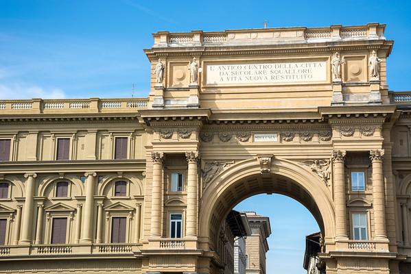 Piazza della Repubblica  Florence, Italy