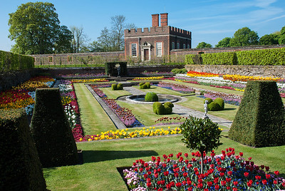Hampton Court Palace  Hampton Court Palace is a royal palace but has not been inhabited by the British Royal Family since the 18th century.    It was originally built for Cardinal Thomas Wolsey in 1514.  In 1529, as Wolsey fell from favour, the palace was enlarged and passed to King Henry VIII.