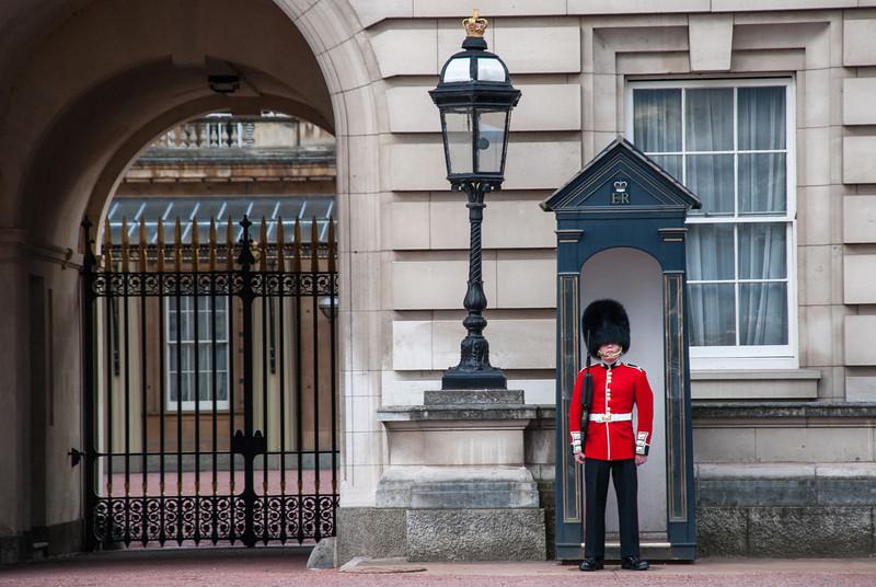 Buckingham Palace<br /> <br /> Palace Guard