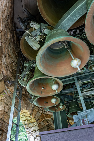 Chimes Tower Carillon  The 62 bell carillon sits atop the Chimes Tower at Longwood.  It was constructed by the Dutch firm Royal Eijsbouts, and opened in 2001.  Longwood Gardens Kennett Square, PA