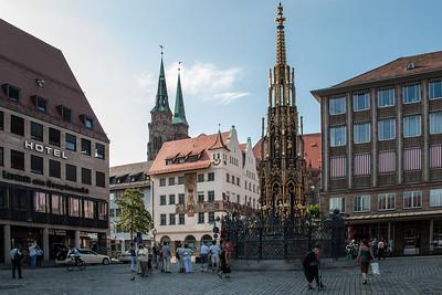 Hauptmarkt und Schoner Brunnen (Main Market and Beautiful Fountain)  Nuremberg, Germany