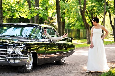 going-old-school-with-classic-wedding-car-rental