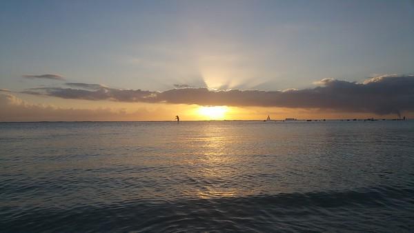 Aloha Moana Shine
