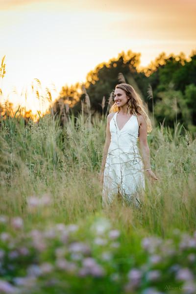 20180607_NIK2973 maria field sunset grass