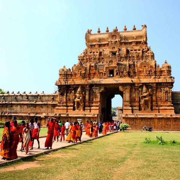 India temple pilgrims