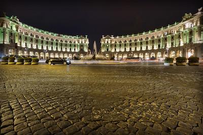 Fountains by night at Piazza della Repubblica