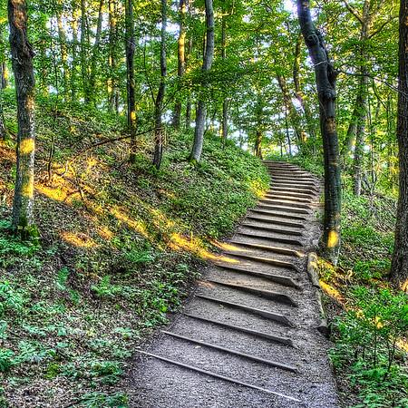 Empire Bluff Trail