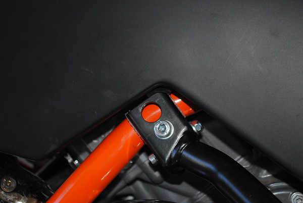 KTM 990 R Adventure crash bar install