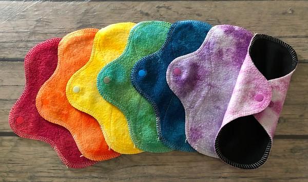 """SEVEN Light Wrap Wing Pads - bamboo fleece, fluffy - """"rainbow"""""""