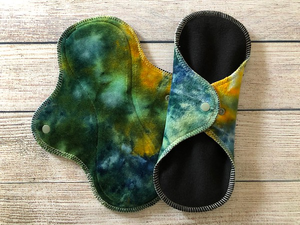 """TWO 9.5"""" Wrap Wing Reusable Cloth Pads for Regular Flow"""
