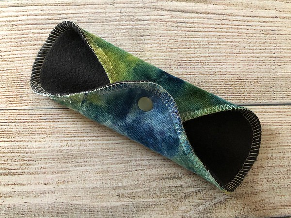 "ONE 7"" Pantywrap Reusable Cloth Pad for Light Flow"
