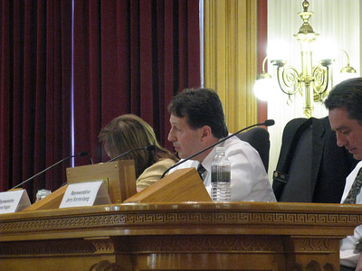 Questioning of part of Mr Jones' remarks by Rep. Kagan.