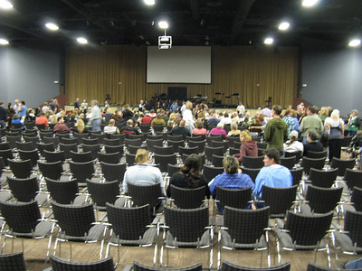 The large auditorium was ultimately pretty full - about 900 according to the Gazette.