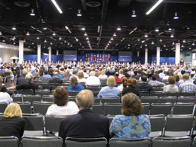 Although I was in LA for a week, I could only break away to make it to the GC on Wed afternoon & evening, 7/15.  ...This is a session of the House of Deputies in progress.