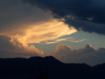 Cool sunset over Blodgett Pk, my local favorite climb.