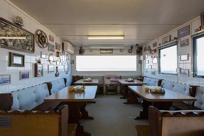 https://photos.smugmug.com/Interieur/Snackbar-Smickel-Inn-Balkon/i-hPxDG8t/0/424a2326/S/AJ1A8710-S.jpg